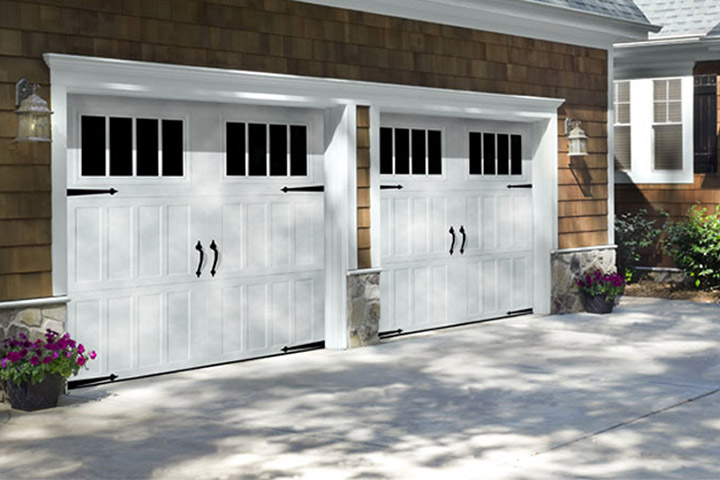Carriage Steel Garage Doors, Bartlett