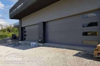 Modern-Hormann-Gray-Garage-Door,-Darien,-IL-2