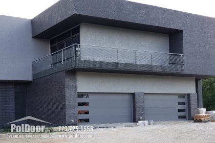Modern-Hormann-Gray-Garage-Door,-Darien,-IL-3