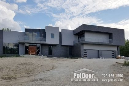 Modern-Hormann-Gray-Garage-Door,-Darien,-IL-4